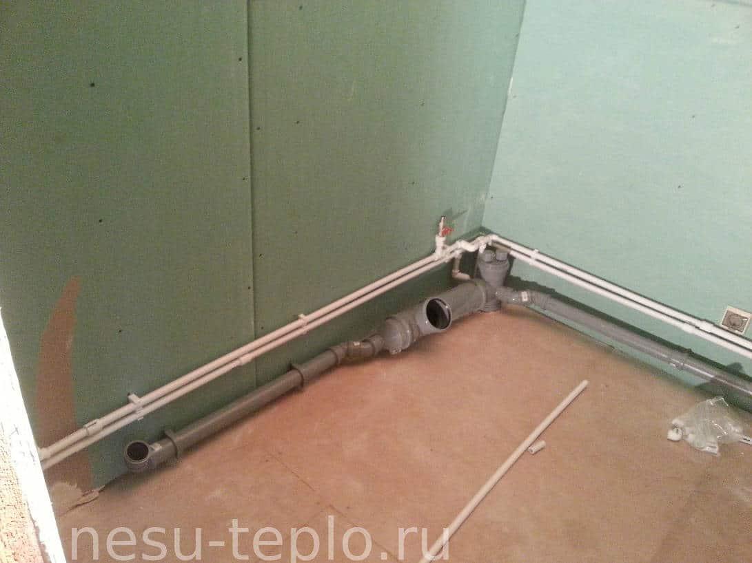 Пример разводки канализации и водоснабжения на сайте nesu-teplo.ru